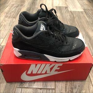 Nike Women's Air Max 90 Premium ✨👟